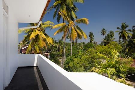 Ocean Front Condo at Lango Villas - Lägenhet