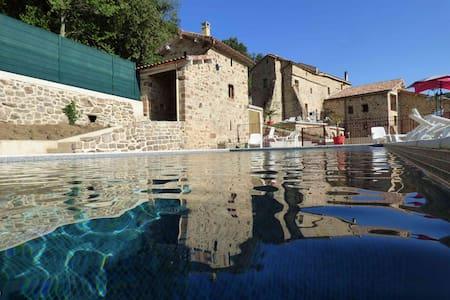 Logement neuf deux chambres dans bastide restaurée - Faugères - Overig
