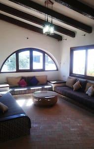 Appartement deux chambres à Kabila Marina - Apartemen