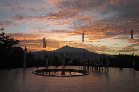 Salak Sunrise Homestead - Bogor