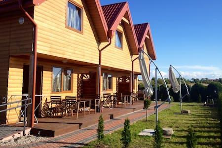 6 Domkow drewnianych nad Bałtykiem bursztynowedomk - Reihenhaus
