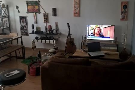 Appartement pour une personne, couple à Montbrison - Lägenhet