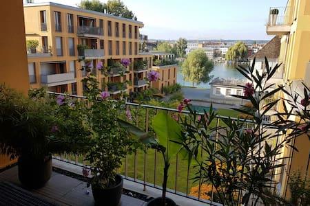 Schicke 2-ZimmerWhg. mit Blick auf den Seerhein - Konstanz  - Apartamento