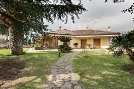 Beautiful Villa in Rome - Frascati - Frascati