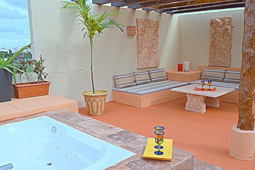 Your Private Roof Top w/Hot Tub and Covered Social Area w/Mayan Art Pieces