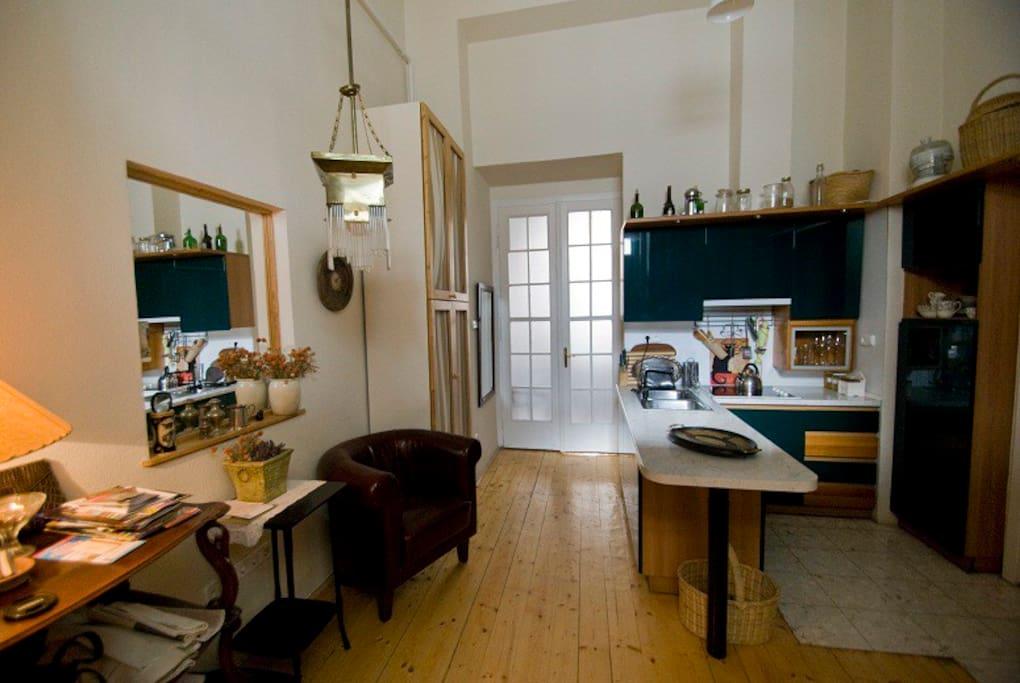 Kitchen and entrance together
