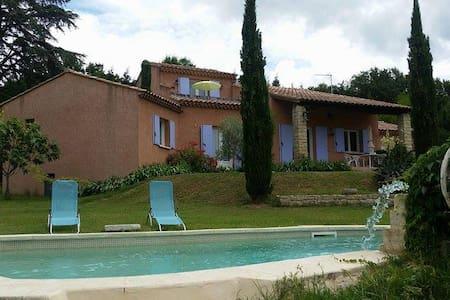 chambre d'hôte dans villa avec piscine - Crillon-le-Brave - Villa