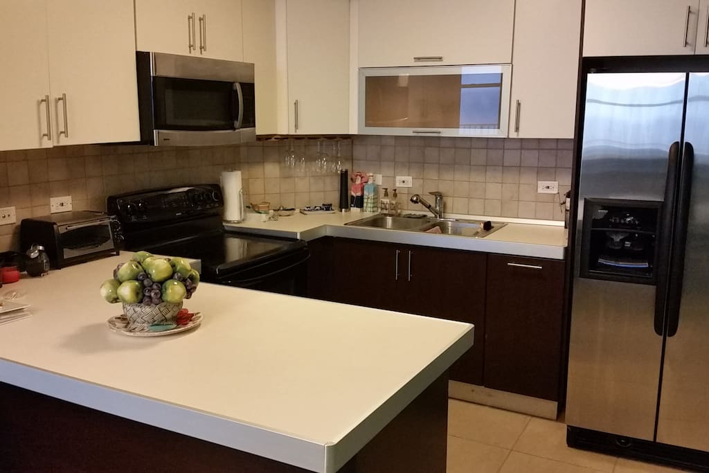 Mediterranean oceanview villa apartments for rent in for Kitchen 713 reservations