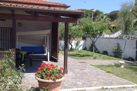 Villa sul mare in Residence Privato