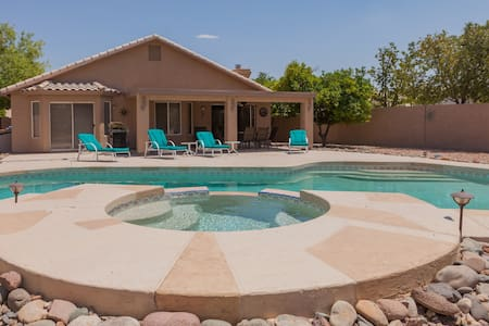 3 BR Home w/ Pool on the Golf Course