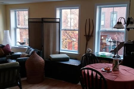 Downtown Amesbury. Newly built apt! - Amesbury - Pis