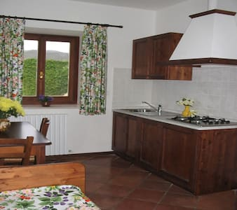 Monolocale a due passi da Norcia -  - Bed & Breakfast