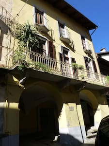 Camera con bagno indipendente - House