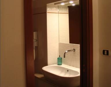 Camera con Bagno-Doccia, restaurata - Apartment