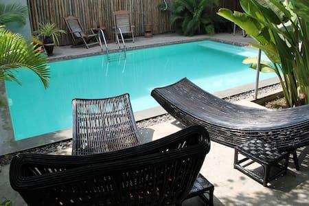 Sangker Villa Guest House - Bed & Breakfast