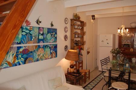 Tipica casa tabarkina centro paese - Carloforte - Huoneisto
