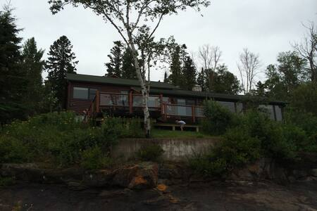 Lake Superior House. Near Lutsen - Ház