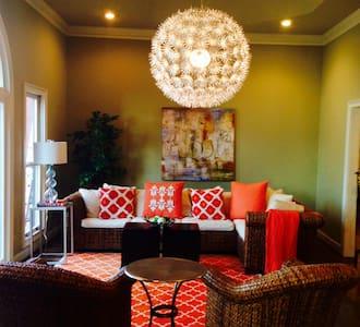 Lakefront Luxury at Reynolds - Greensboro
