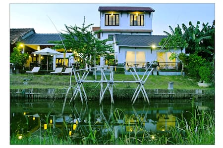 Family room river view - Hoi An - Bed & Breakfast