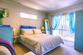 Picture of Private double room with ensuite - 24-hour entry