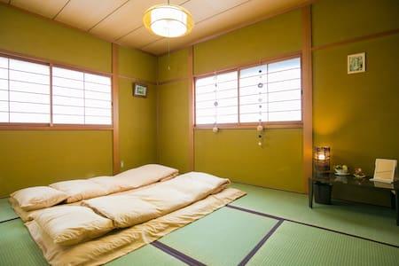 提供接机送机服务 关西机场附近 体验日本和式民宅 晴~ 【二楼和式4人间D】 - Kaizuka - Villa