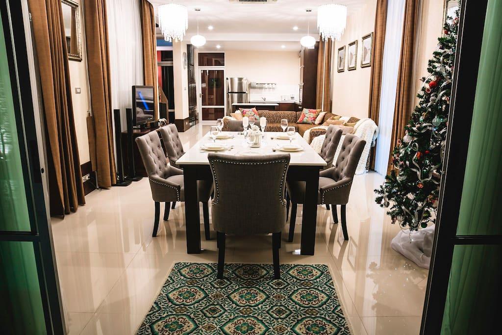 Pattaya Jomtien Chic Villa 7+1kids
