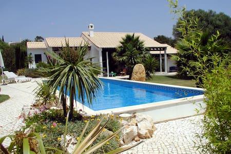 Garten-Studio mit Pool - Apartamento