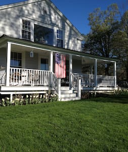 Knockout 3BD Berkshires Home - Williamstown - Ház