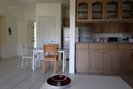 Spacious one bedroom in Golf View