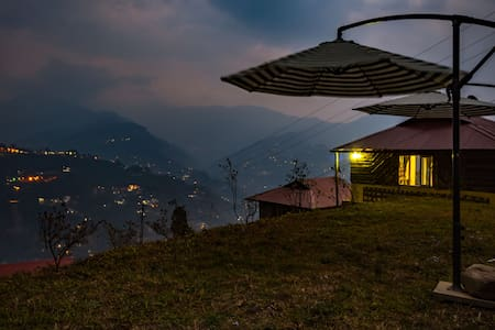 Mustard Seed Farm Stay (Luxury Cottages) - Gangtok - Choza