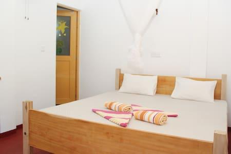 Pravindi guest Room-06 - Bed & Breakfast