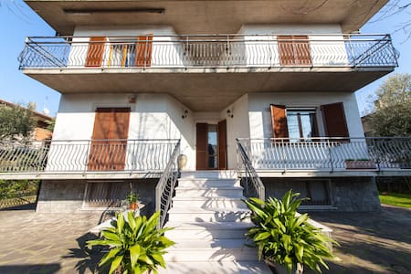 Room 4 beds in B&B 10 km Cesenatico - Bed & Breakfast