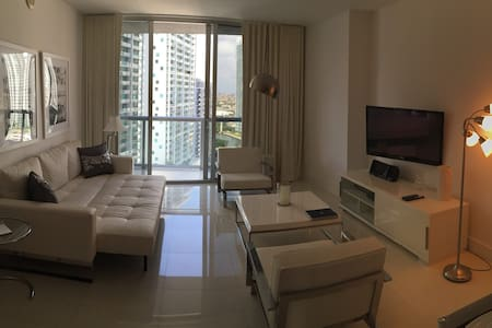 Icon Brickell @ Viceroy #1