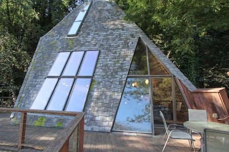 Amazing Architecture! Pyramid House - Monte Rio