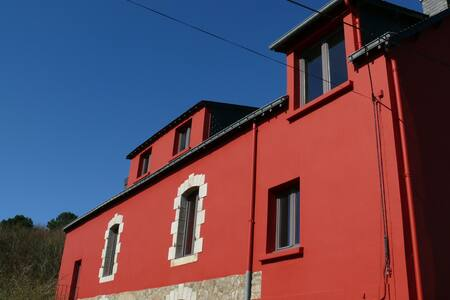 5 Chambres libres ds grande maison - Huis