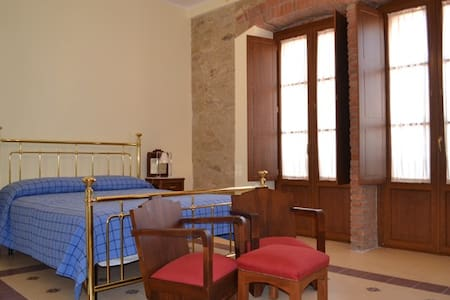Rustikales Doppelzimmer - Ogliastro Cilento - Bed & Breakfast