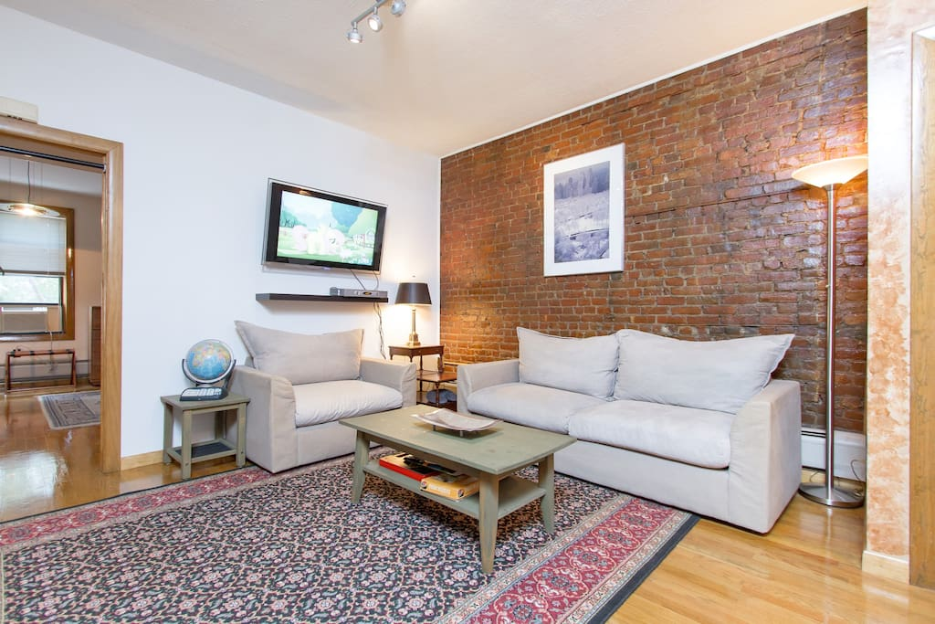 Your Own Apt. Minutes to Manhattan!