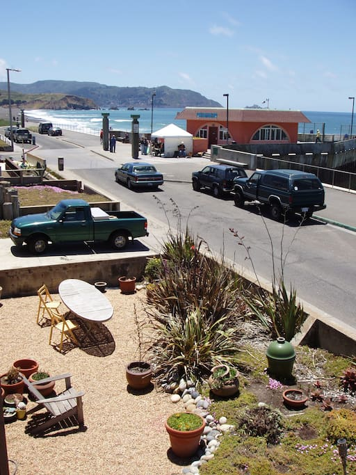 Front yard, ocean, esplanade and Pacifica Pier