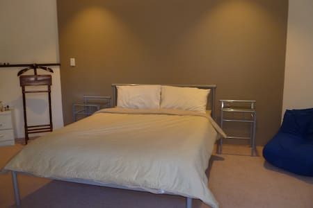 Big 20sqm room for 2 or single only