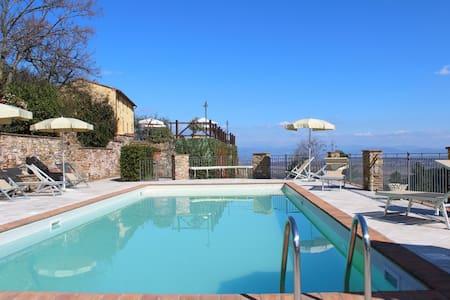 Apt Paola - Pool on the Hills - Apartamento