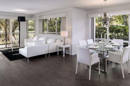 Luxury PGA National Golf Villa 2br - 公寓