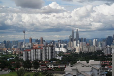 Unlimited view of KL , Privet room - Apartment