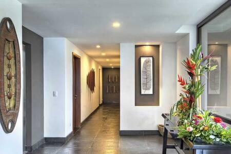 Casa Kinkajou Resort Luxury
