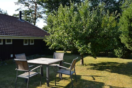 Lovely cottage 2 min. from beach. - Slagelse - Cottage