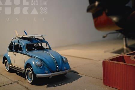 Azul Fusca Hostel - Çatı Katı