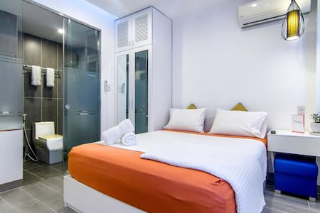 A cozy studio steps from the famous Ben Thanh Market, yet tucked in an alley away from the noisy streets of Saigon.  We are part of Christina's Saigon, a social accommodation available exclusively on Airbnb.  NO SMOKING ON PREMISE - NO EXCEPTION