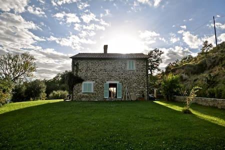 Casa etica in Umbria - House
