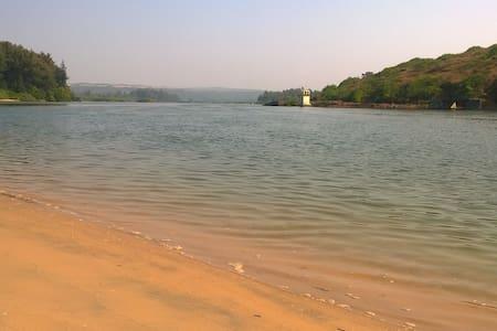 Village Nirvana - Villa by the beach - Sindhudurg