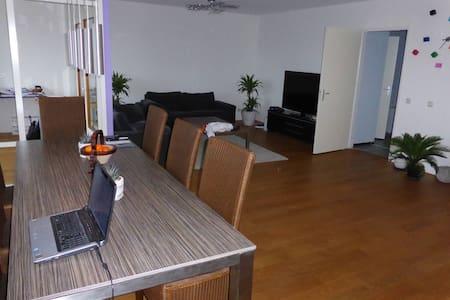 Superhost apartment! 129m2 - Wohnung
