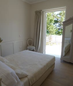Beautiful double room  - Beau Vallon